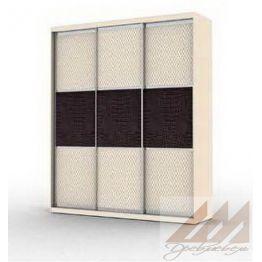 Шкаф купе трехдверный с вставками серии Эконом.